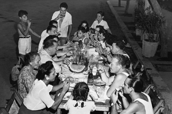 italian family dinner